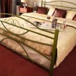 Κρεβάτι μεταλλικό 9, χρυσό σφυρήλατο